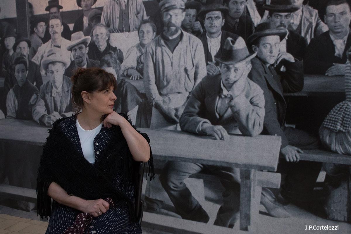 Performance narrativa de Ana María Bovo