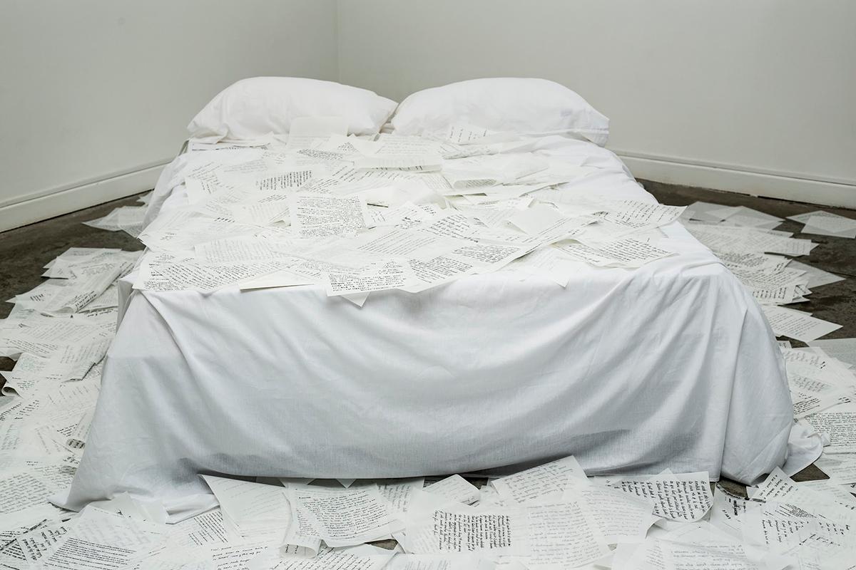 Conversatorio en sala con la artista Diana Schufer